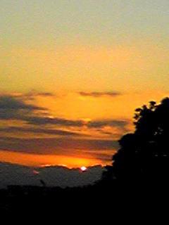 久しぶりの夕日、夕焼けを…♪