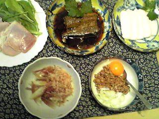 今日の王子の朝ご飯シリーズ(料亭の味・京一番しんじょう)