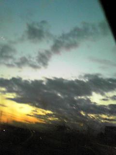 夕暮れ前の車窓から・・・!