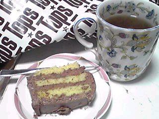 今日の3時のおやつは★Tops★のケーキ♪