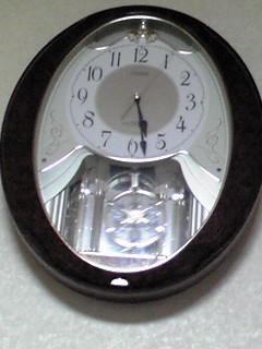 叔母から頂いたからくり時計