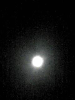 今宵の満月(スーパームーン)に出会えました〜♪