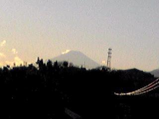 折角なので昨日の富士山を!