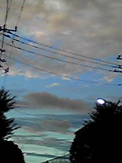 今日の空、昼と日没後