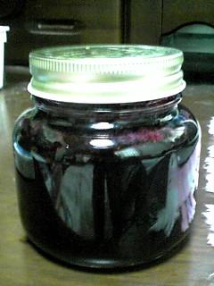 先日収穫を終えたブルーベリーで早速ジャムを作りました〜!美味しい〜☆