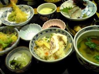 昨日は藍屋で「鯛飯御膳」の夕飯を!